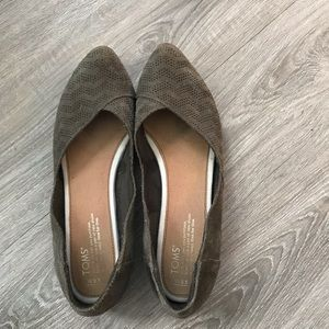 Women's Tom's flat's size 9.5